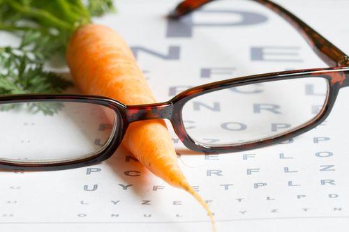 carrots promote eye health