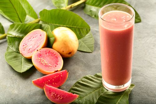 Guava yoghurt smoothie